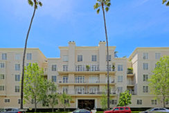 2 Bed + 2.5 Bath Newly Remodeled Santa Monica Condo for Lease